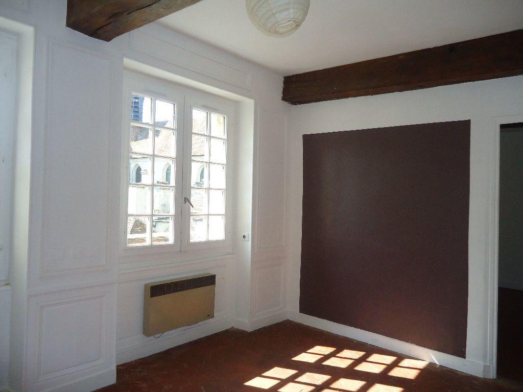 Appartement à louer 2 40.08m2 à Compiègne vignette-1