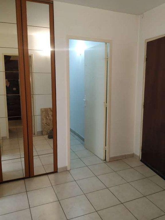 Appartement à louer 3 68.16m2 à Compiègne vignette-8