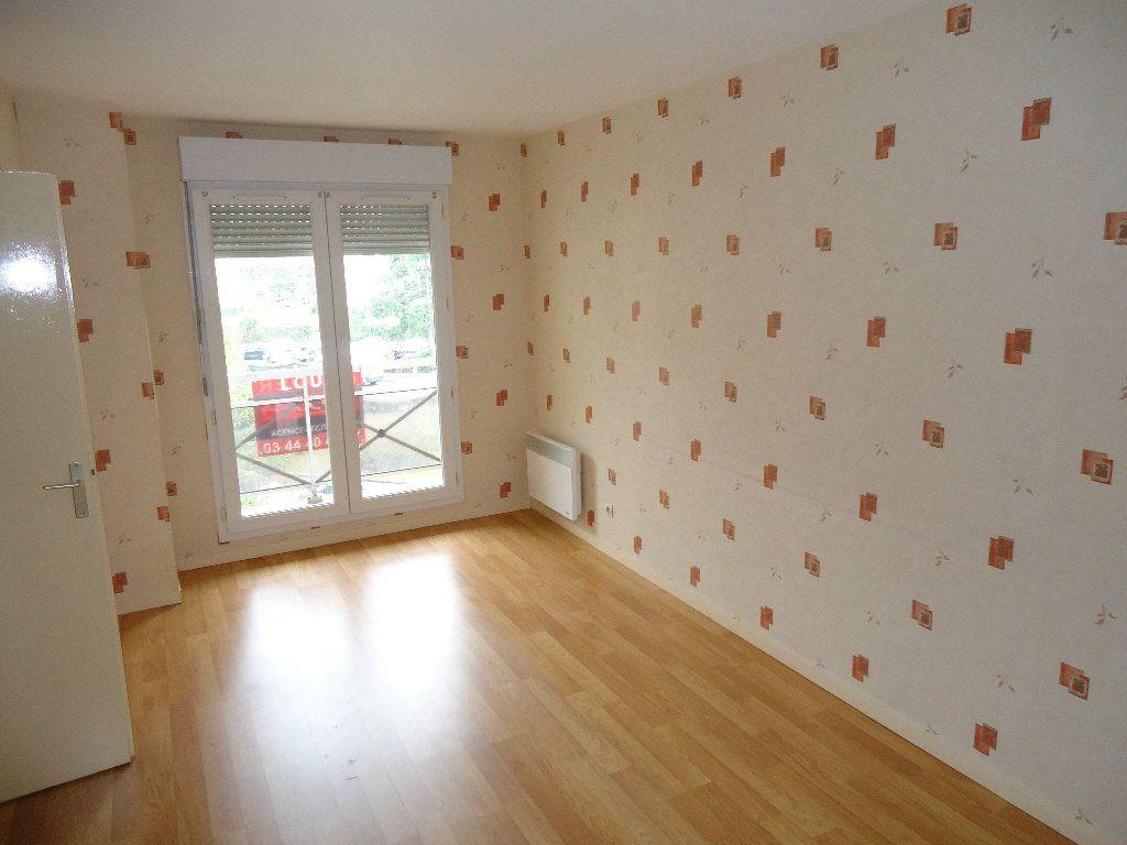 Appartement à louer 2 45.31m2 à Compiègne vignette-1