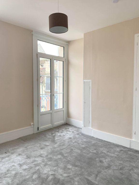 Appartement à louer 2 34.28m2 à Compiègne vignette-1