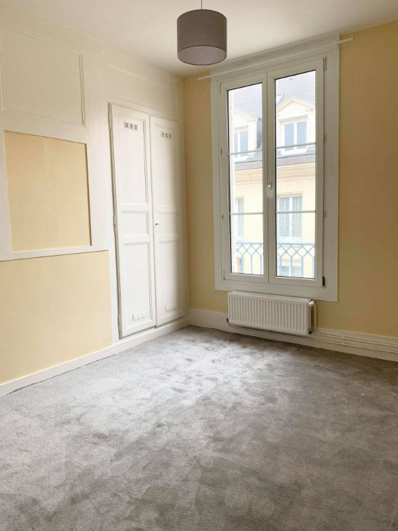 Appartement à louer 2 34.28m2 à Compiègne vignette-3