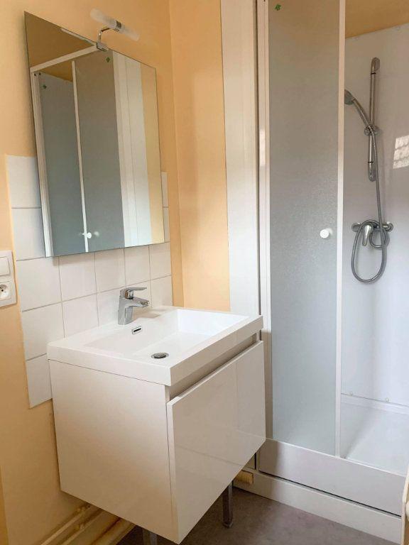 Appartement à louer 2 34.28m2 à Compiègne vignette-4