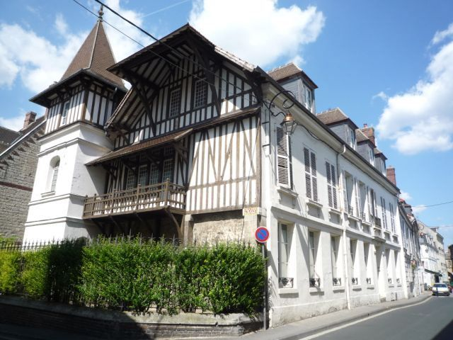 Appartement à louer 2 40.09m2 à Compiègne vignette-1