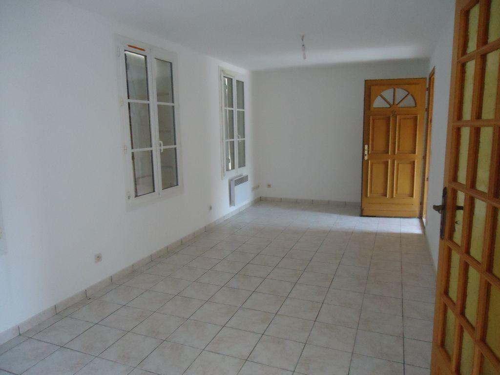 Appartement à louer 2 46.22m2 à Compiègne vignette-1
