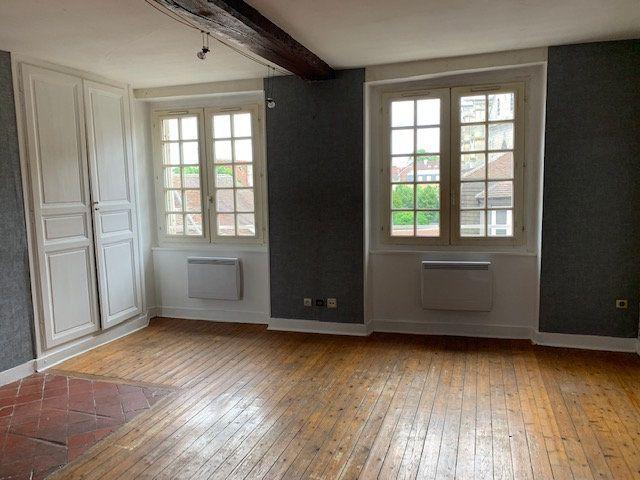 Appartement à louer 1 36.88m2 à Compiègne vignette-1