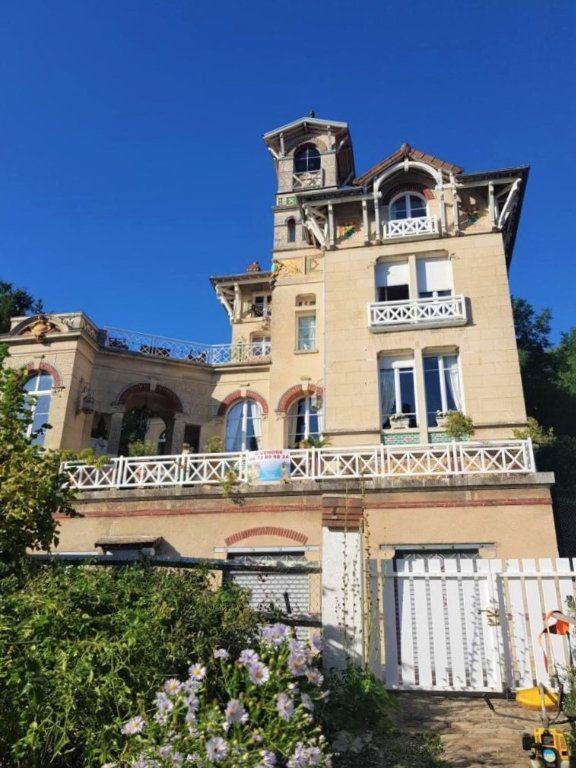 Maison à vendre 7 230m2 à Pierrefonds vignette-1