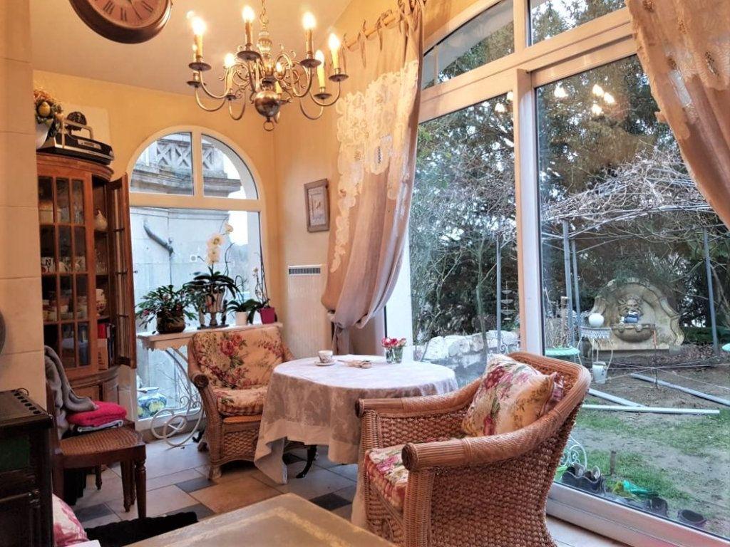 Maison à vendre 7 230m2 à Pierrefonds vignette-4