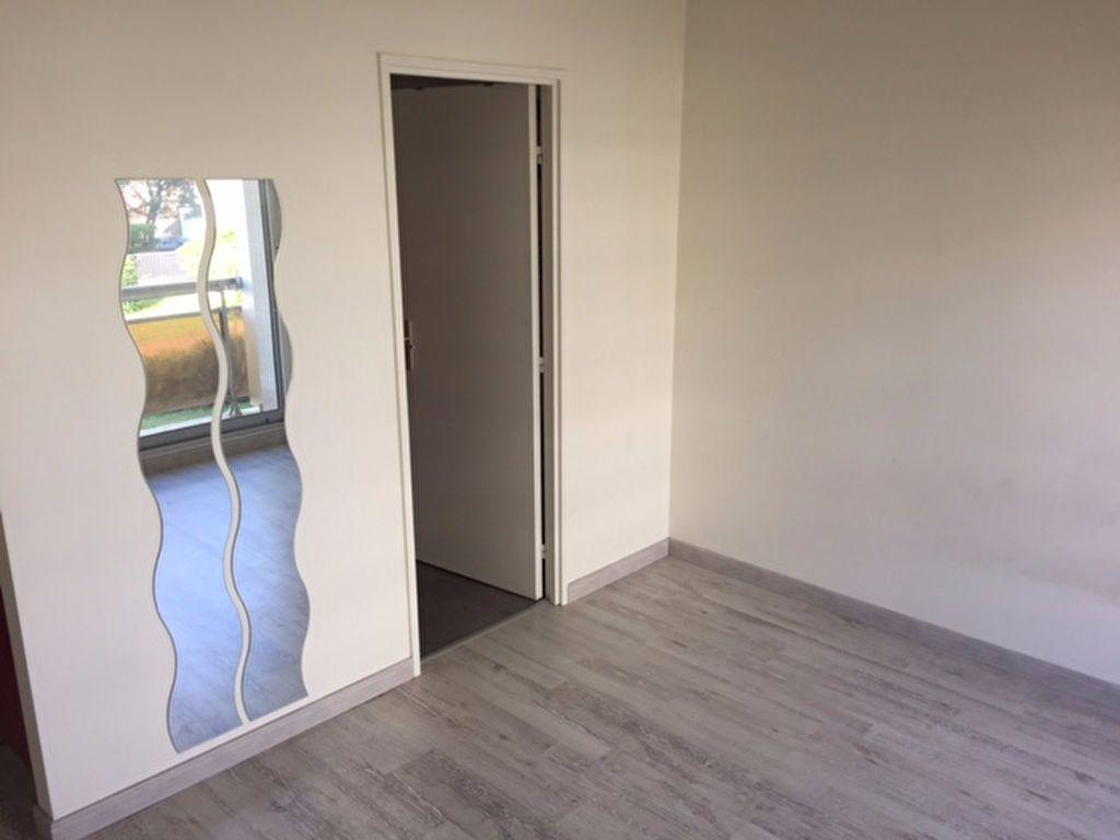 Appartement à louer 1 17.56m2 à Compiègne vignette-3