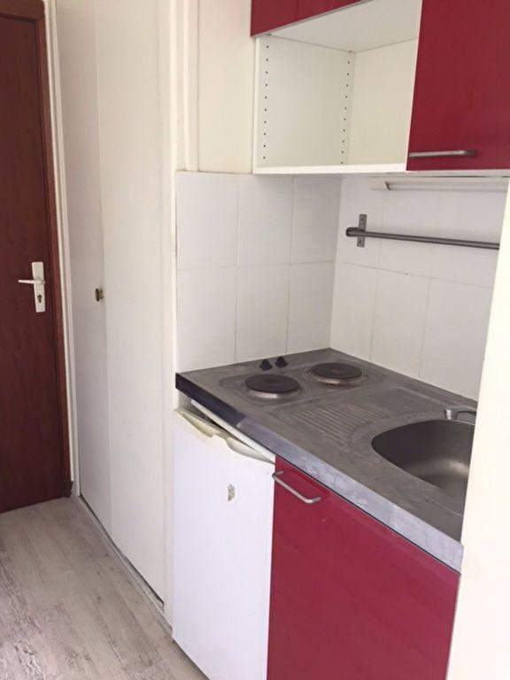 Appartement à louer 1 17.56m2 à Compiègne vignette-4