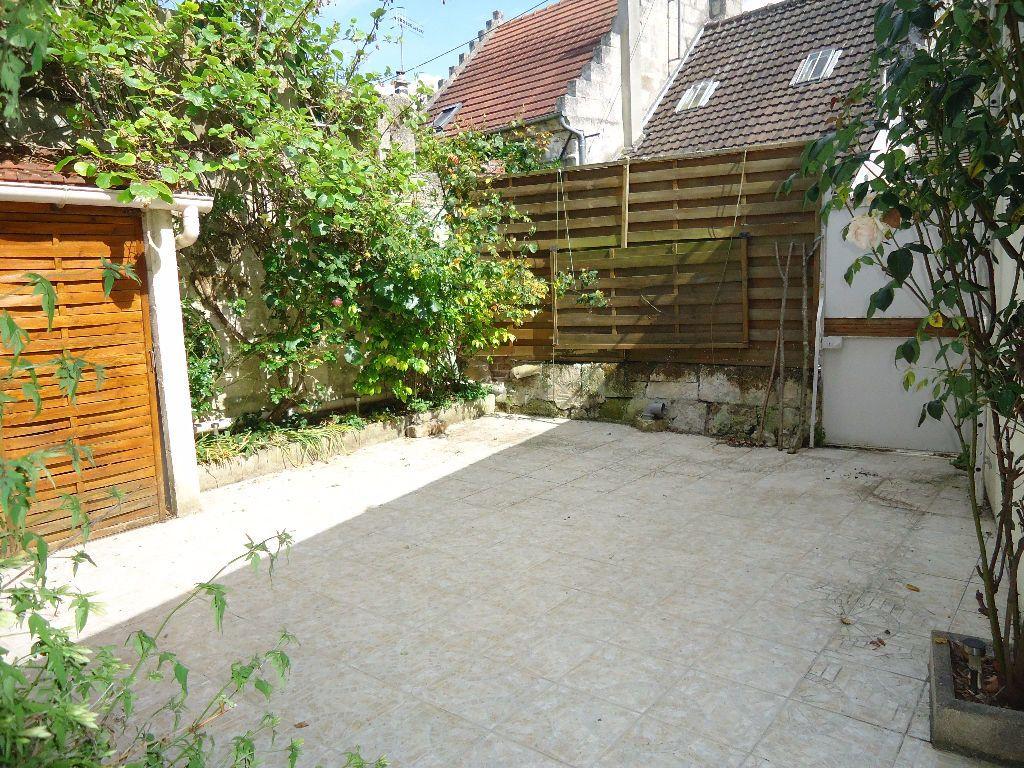 Maison à louer 5 116.27m2 à Rethondes vignette-7