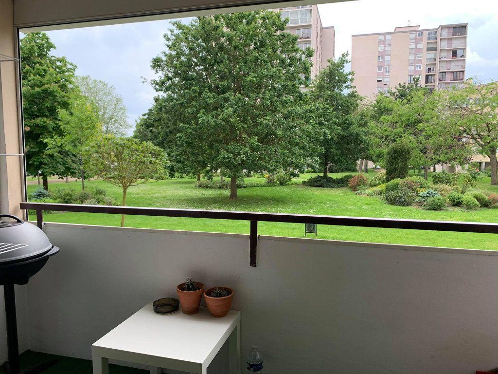 Appartement à louer 2 63.47m2 à Compiègne vignette-6
