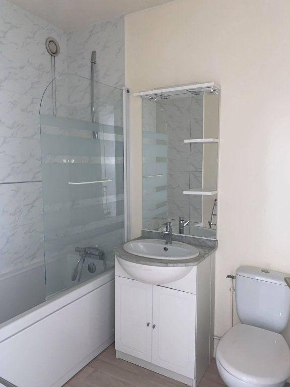 Appartement à louer 1 29.77m2 à Compiègne vignette-4