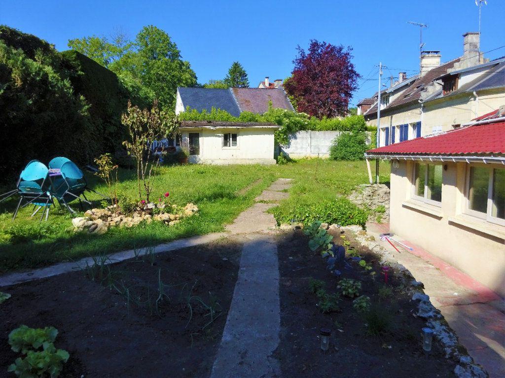Maison à vendre 6 102.4m2 à Pierrefonds vignette-3