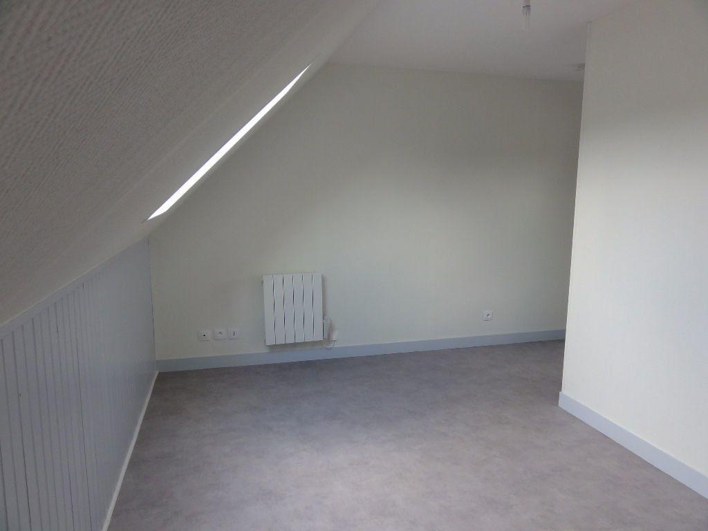 Appartement à louer 1 17.41m2 à Cuise-la-Motte vignette-3
