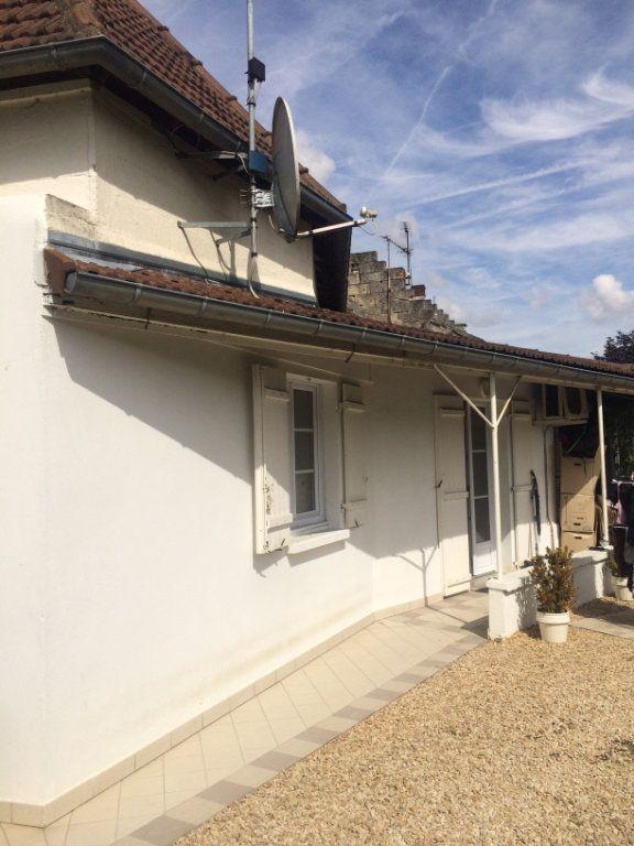 Maison à louer 3 72.68m2 à Cuise-la-Motte vignette-1