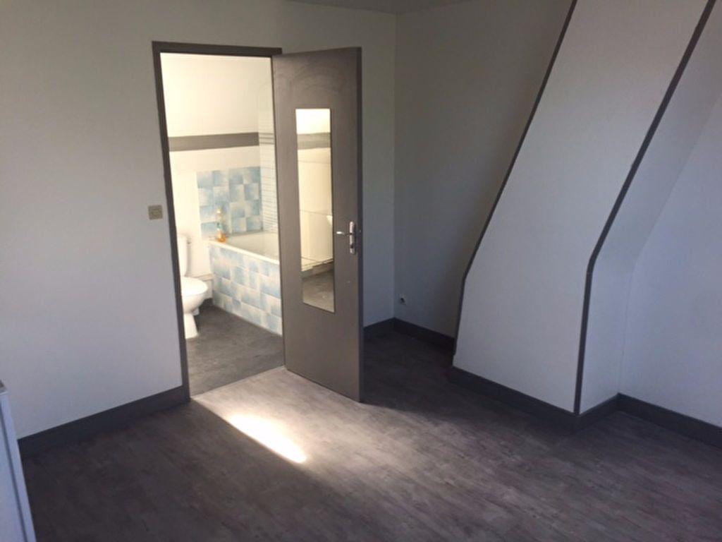 Appartement à louer 1 18.65m2 à Compiègne vignette-2