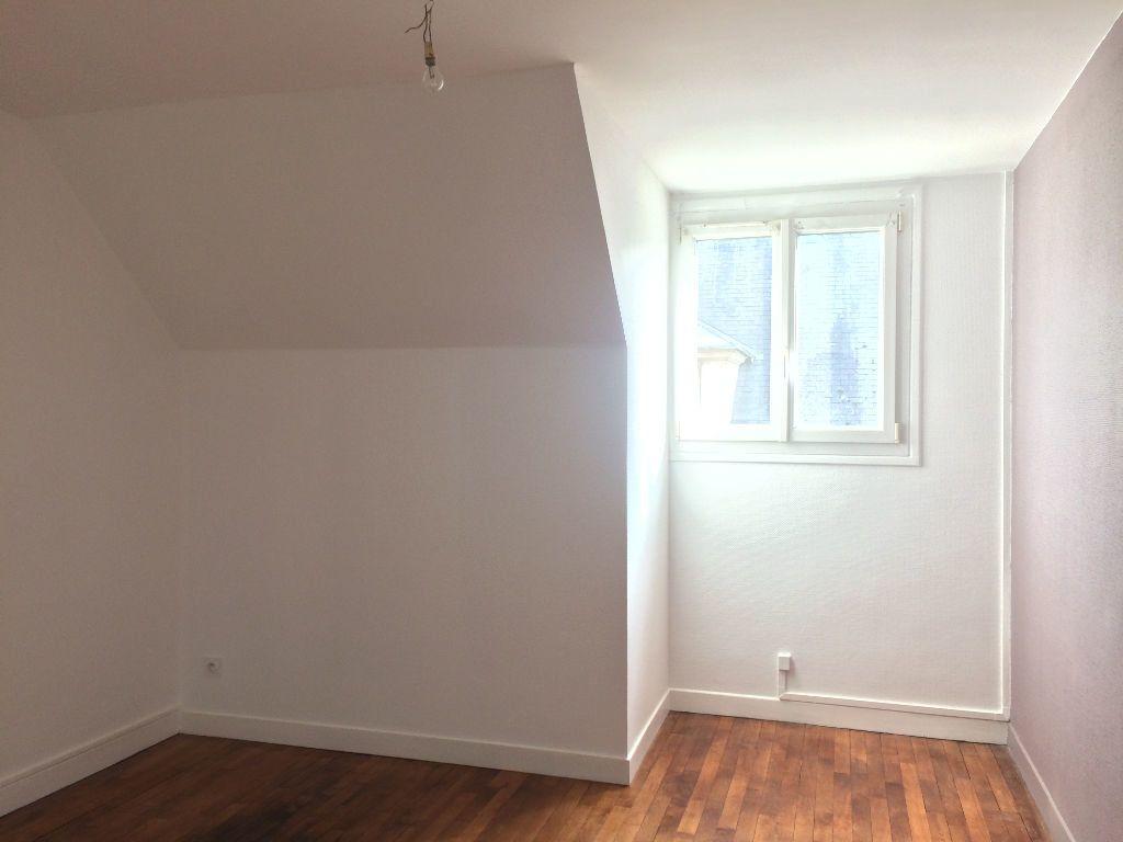 Appartement à louer 2 49.61m2 à Compiègne vignette-2