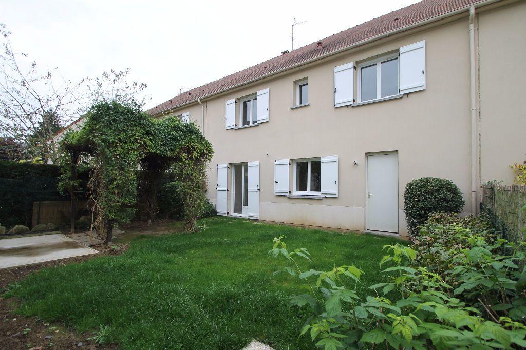 Maison à vendre 6 126m2 à Compiègne vignette-1
