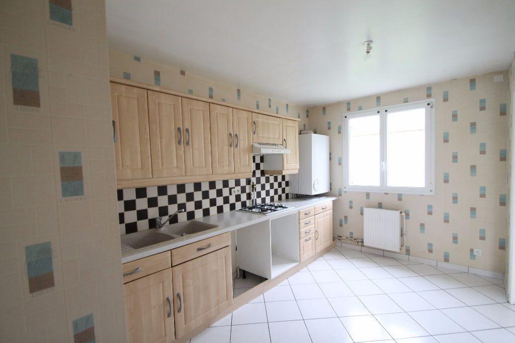 Maison à vendre 6 126m2 à Compiègne vignette-3