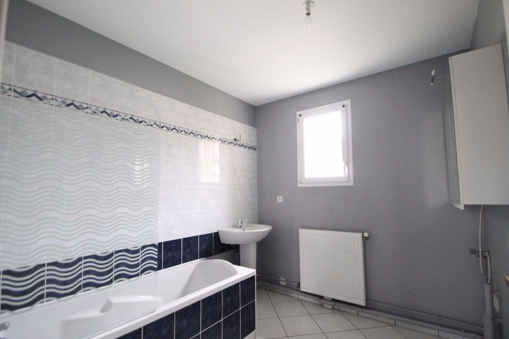 Maison à vendre 6 126m2 à Compiègne vignette-5