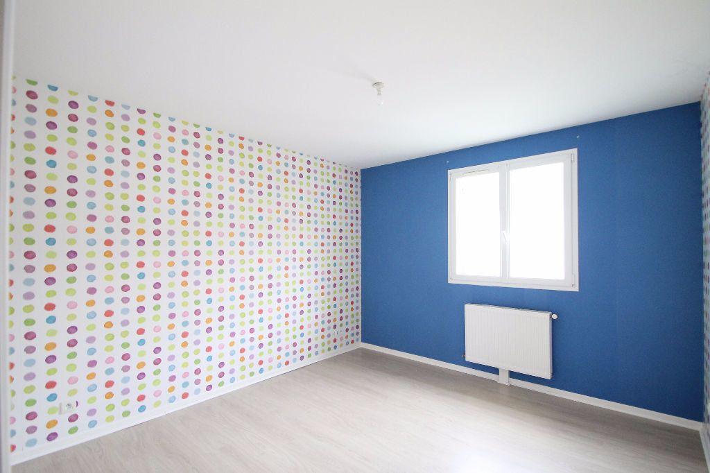 Maison à vendre 6 126m2 à Compiègne vignette-6