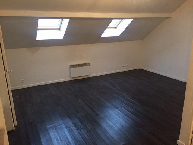 Appartement à louer 1 26.69m2 à Ribécourt-Dreslincourt vignette-1