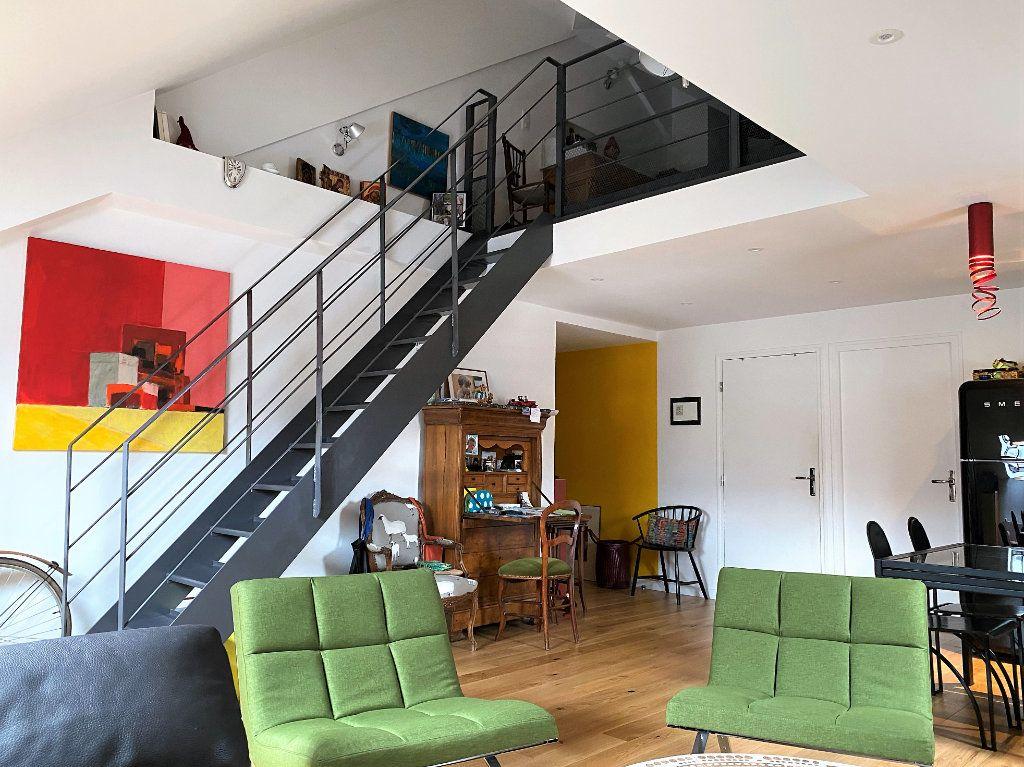 Appartement à vendre 3 60m2 à Compiègne vignette-2
