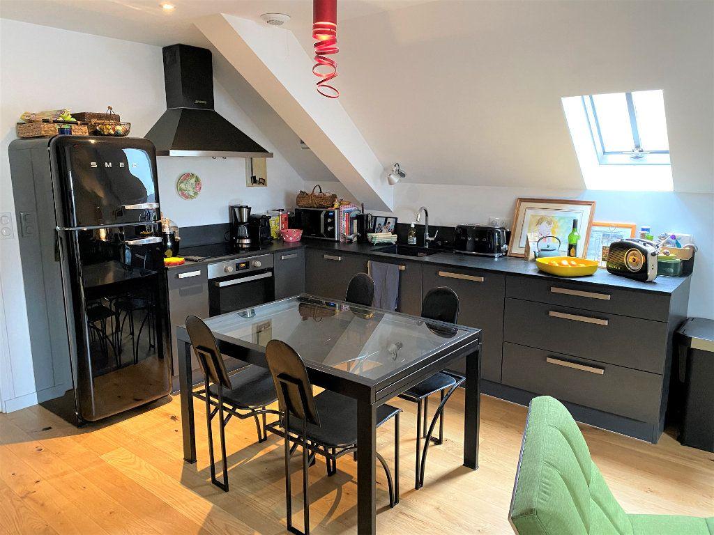 Appartement à vendre 3 60m2 à Compiègne vignette-4