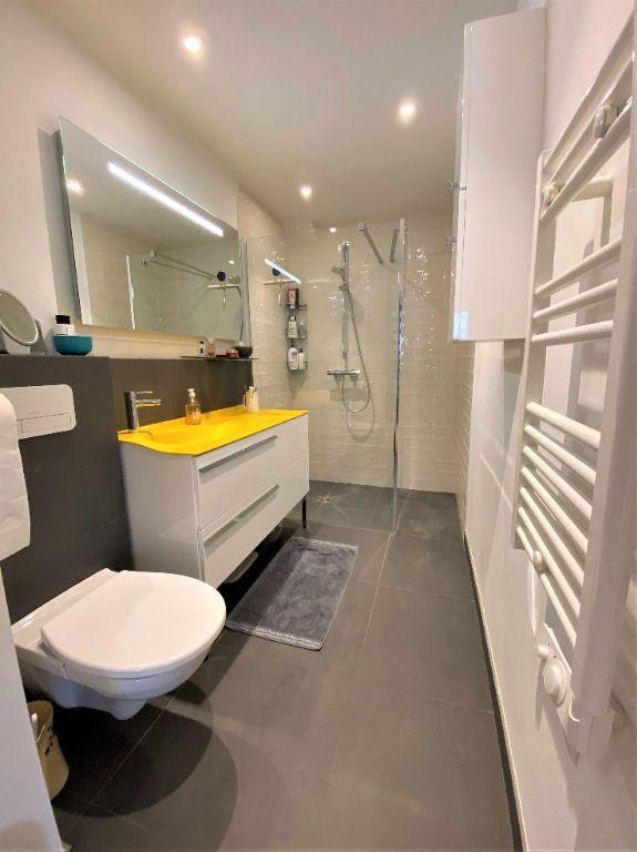 Appartement à vendre 3 60m2 à Compiègne vignette-5