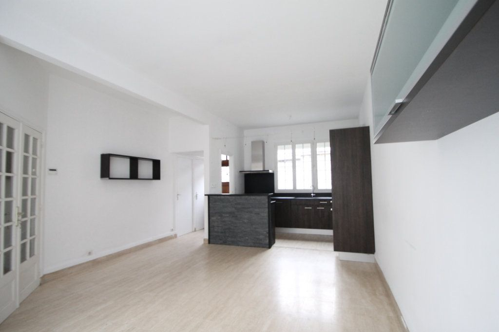 Maison à vendre 5 100m2 à Compiègne vignette-1