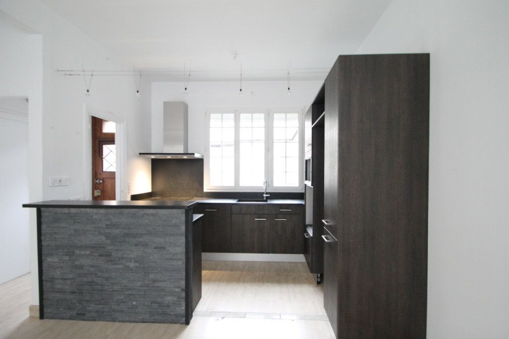 Maison à vendre 5 100m2 à Compiègne vignette-5