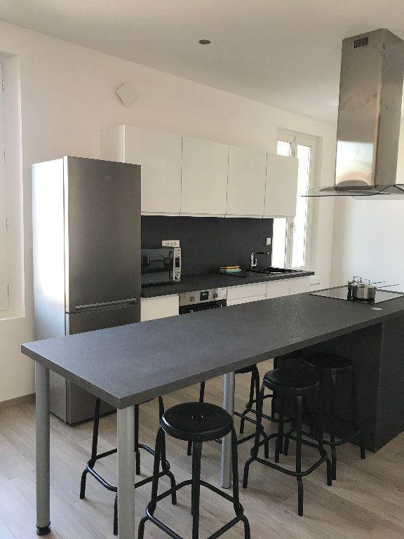 Appartement à louer 1 15.28m2 à Compiègne vignette-4