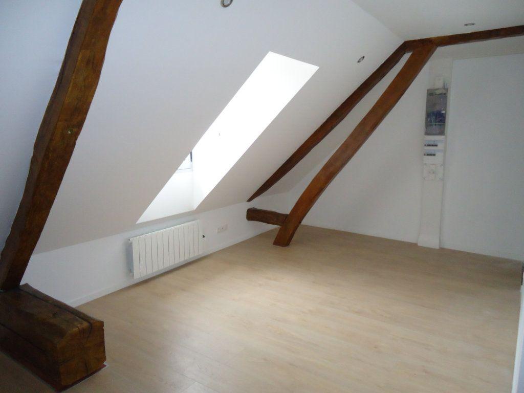 Appartement à louer 2 29.17m2 à Janville vignette-1