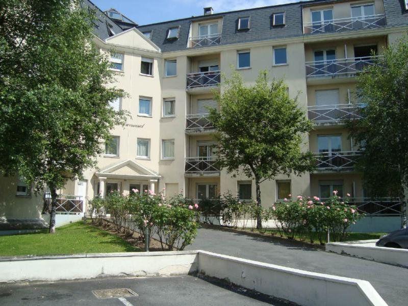 Appartement à louer 2 39.85m2 à Compiègne vignette-1