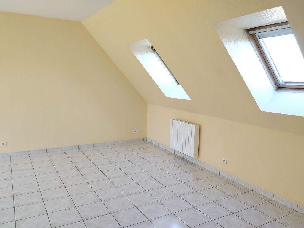 Appartement à louer 1 22.67m2 à Margny-lès-Compiègne vignette-2