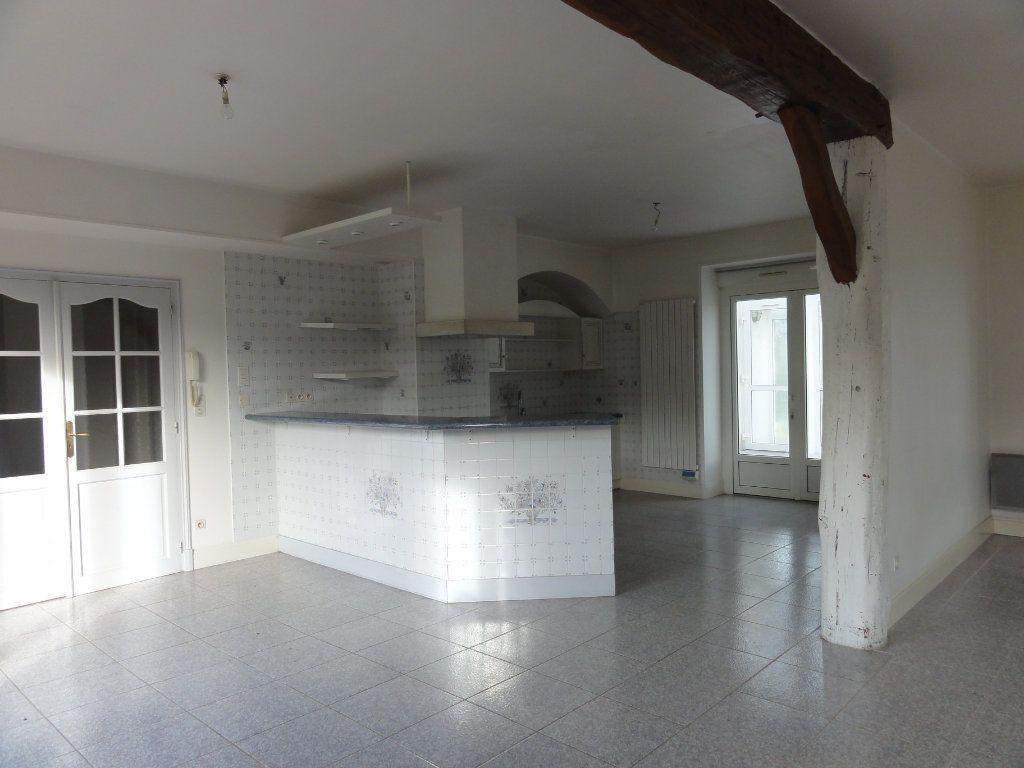 Maison à vendre 5 178m2 à Couloisy vignette-2