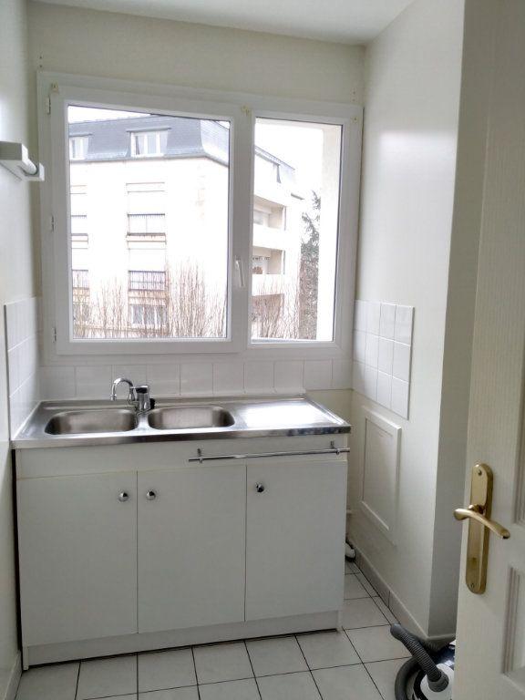 Appartement à louer 2 45.05m2 à Compiègne vignette-5