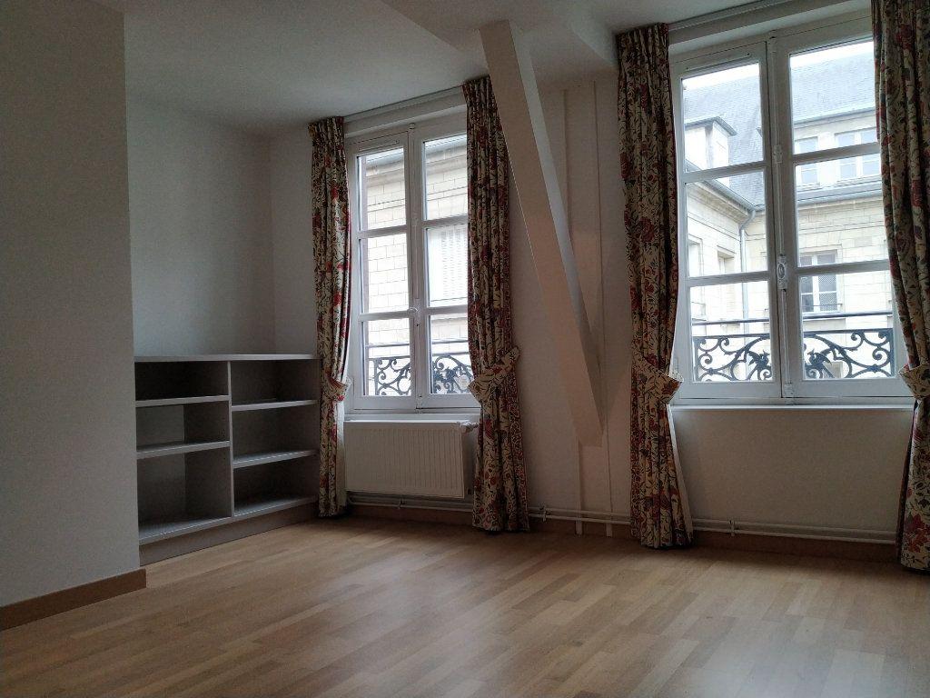 Appartement à louer 5 97.14m2 à Compiègne vignette-5