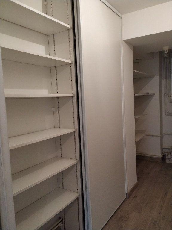 Appartement à louer 5 97.14m2 à Compiègne vignette-8