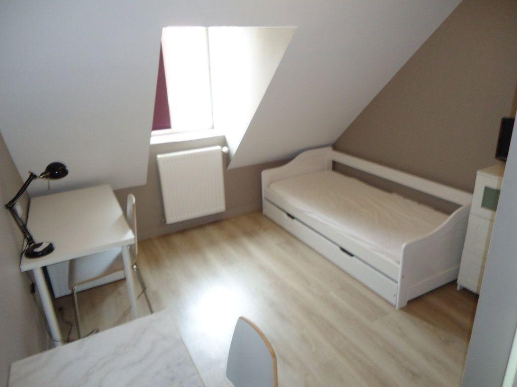 Appartement à louer 1 13.76m2 à Compiègne vignette-2