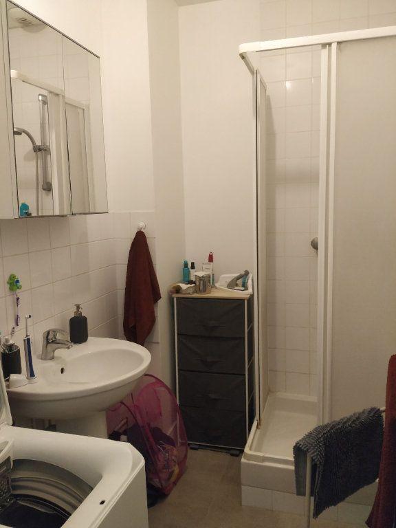 Appartement à louer 3 50.44m2 à Compiègne vignette-6