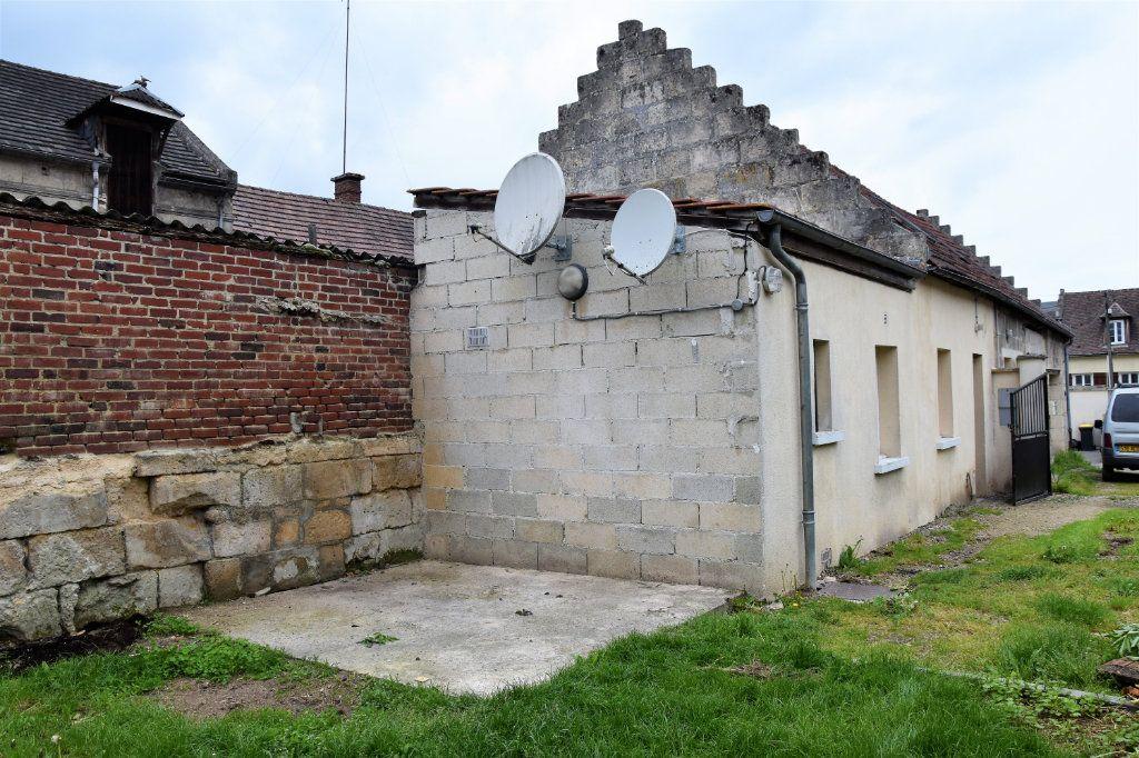 Maison à vendre 6 116m2 à Cuise-la-Motte vignette-1