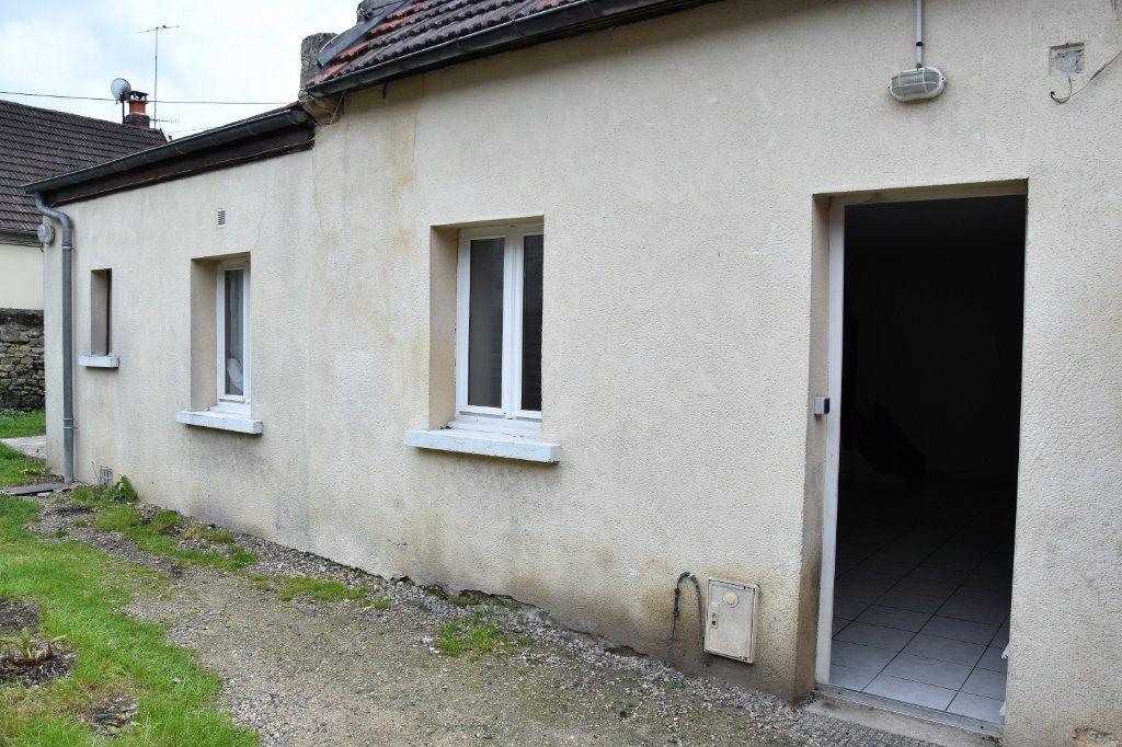 Maison à vendre 6 116m2 à Cuise-la-Motte vignette-3