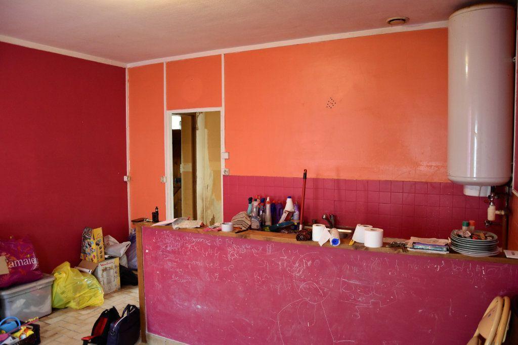 Maison à vendre 6 125m2 à Cuise-la-Motte vignette-2