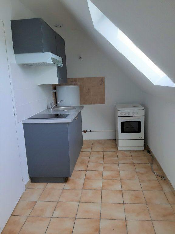 Appartement à louer 1 22.71m2 à Cuise-la-Motte vignette-2