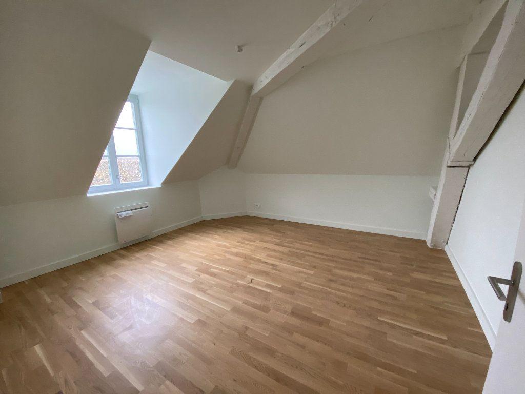 Appartement à vendre 4 84.59m2 à Compiègne vignette-7