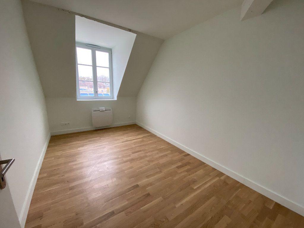 Appartement à vendre 4 84.59m2 à Compiègne vignette-9