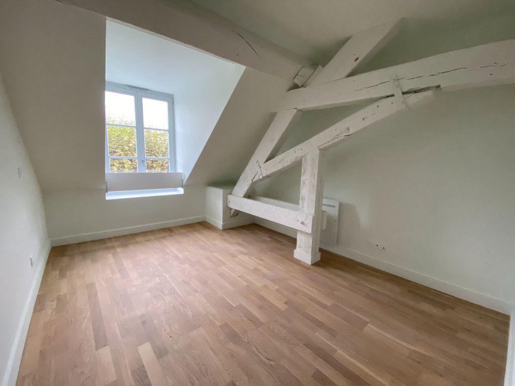 Appartement à vendre 4 93.84m2 à Compiègne vignette-4