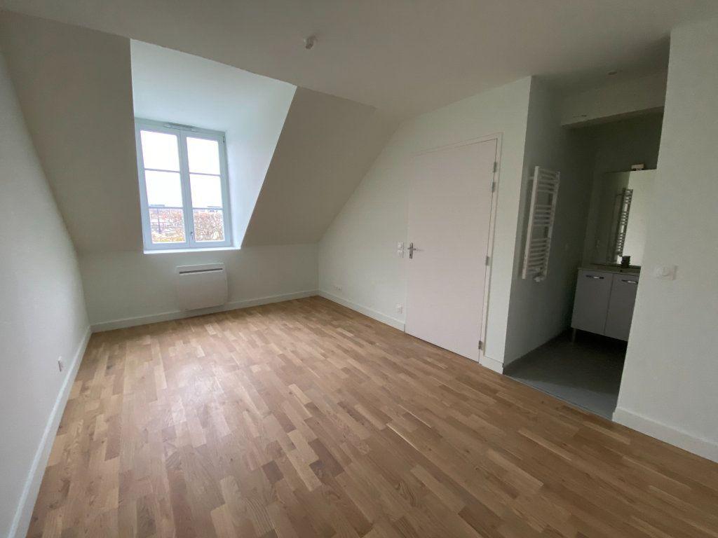 Appartement à vendre 2 49.95m2 à Compiègne vignette-4