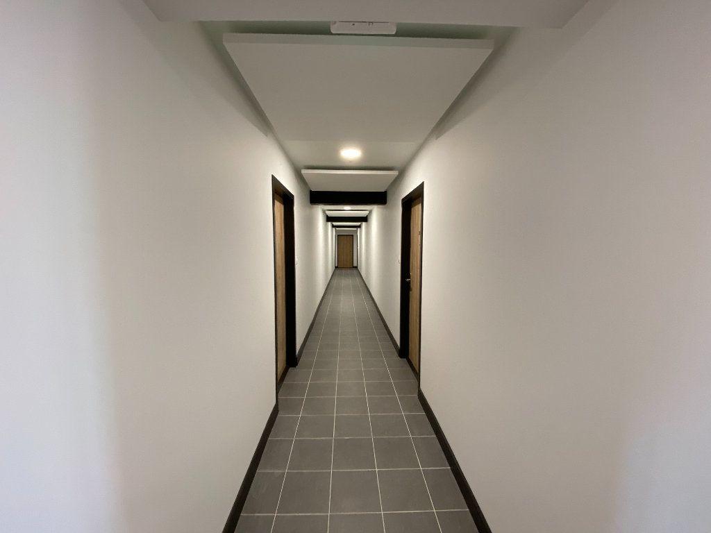 Appartement à vendre 2 49.95m2 à Compiègne vignette-9